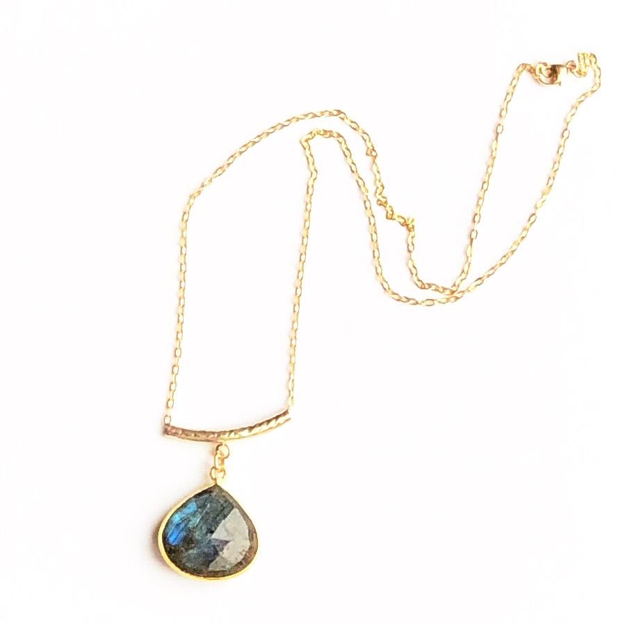 Indy & Noa goldfilled Labradorite necklace